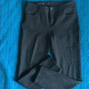 Kut from the Kloth Diana skinny black pants